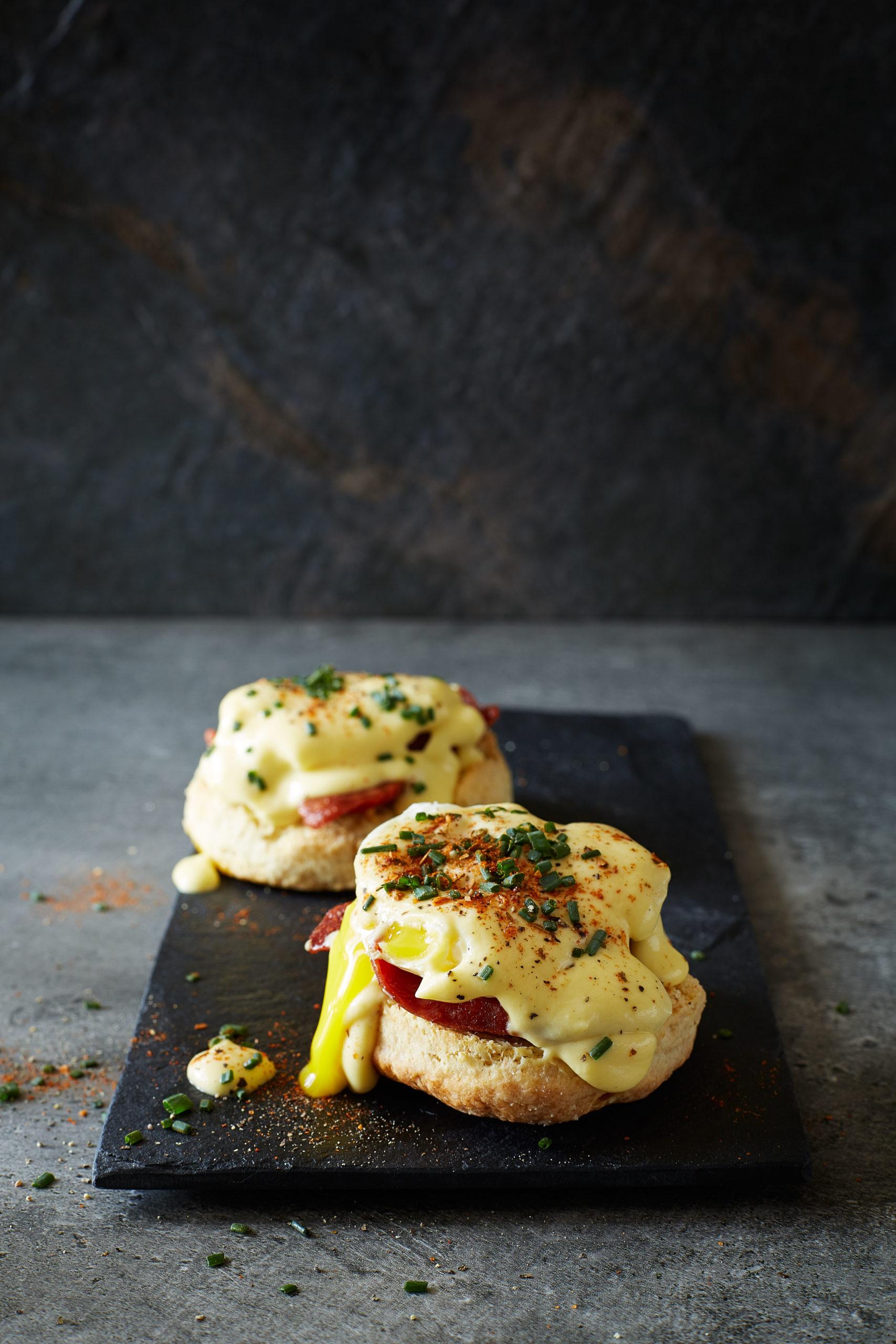 Spanish Eggs Benedict - NOMU